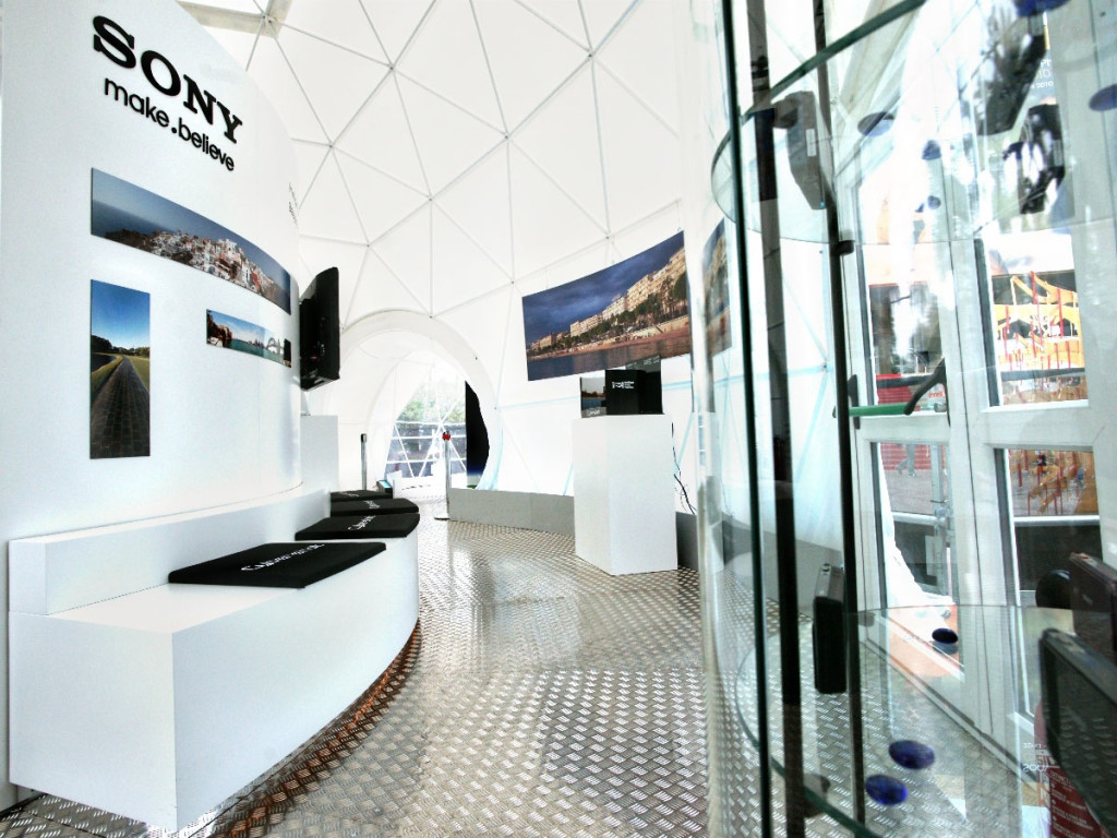 award winning trade show booth for sony by pacific domes of oregon
