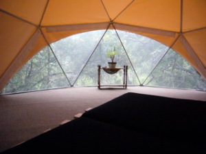 glamping dome home by pacific domes of Oregon