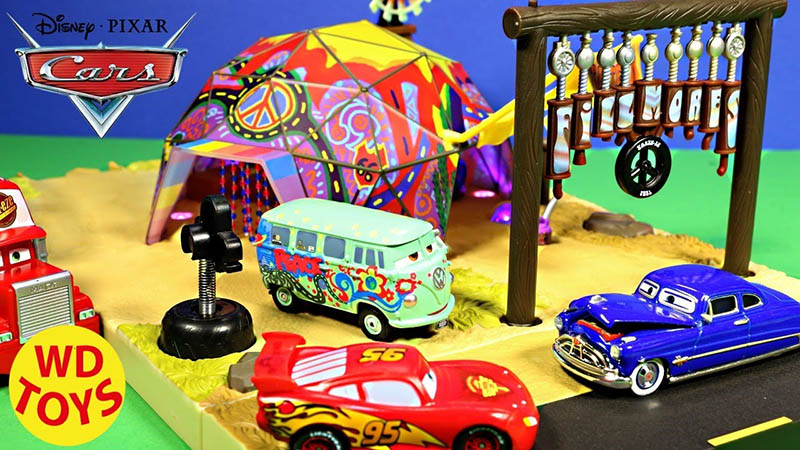 Cars Playset-Pacific Domes