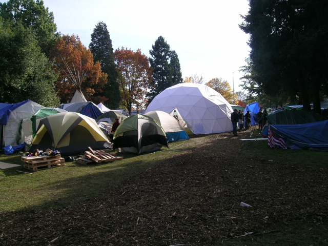 Occupy Eugene Dome -tents