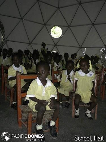 School Haiti-Pacific Domes