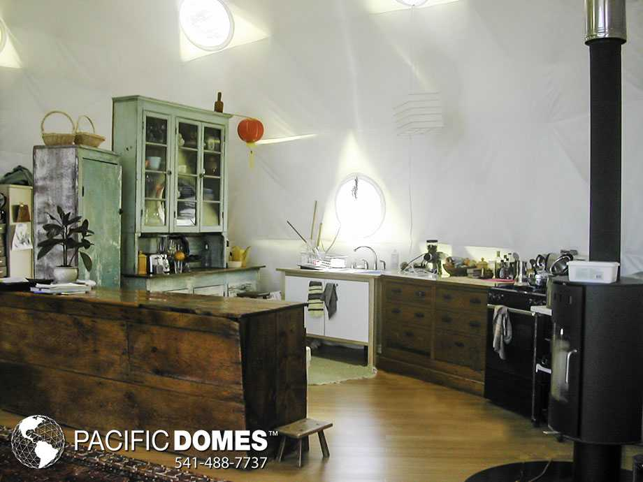 36ft Dome with kitchen and winter liner