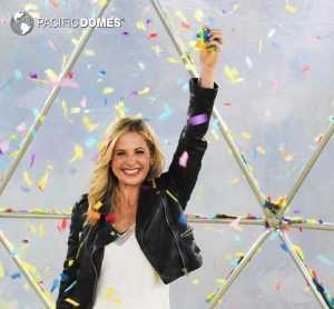 Sarah Michelle Gellar is all smiles in the Geodesic Confetti Dome