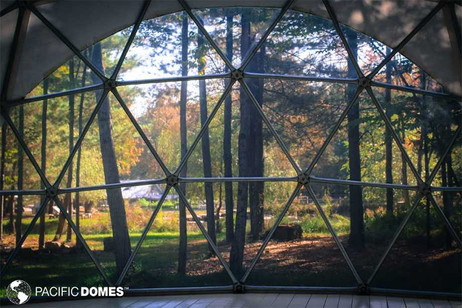 Closer to nature in a geodesic dome