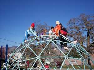 Playground climbing dome