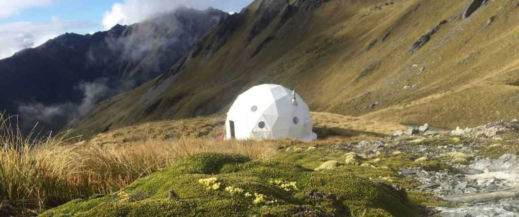 domestead, tiny house, off-grid dome