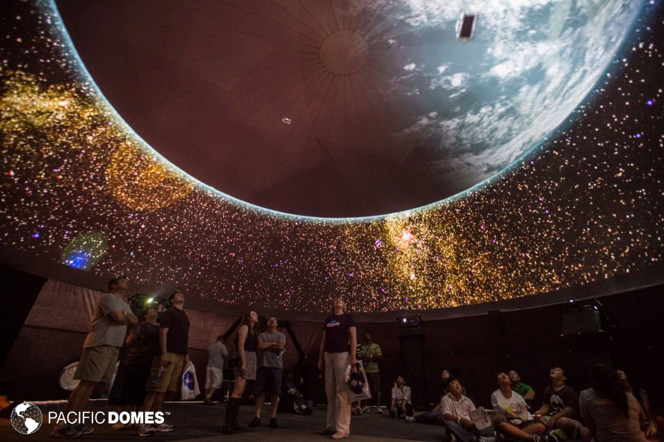 50ft_dome_obscura_spacefest_projection